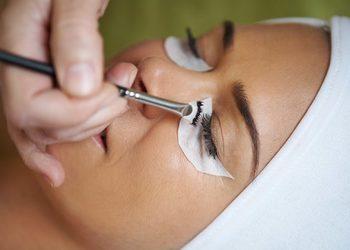 Salon fryzjerski kosmetyczny She & He - henna rzęs