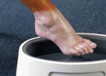 Instytut Kosmetologii Twarzy i ciała MONROE - parafina na stopy
