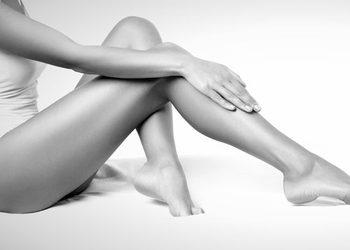 Royal Vital Sienna 93 - depilacja woskiem całe nogi + bikini brazylijskie