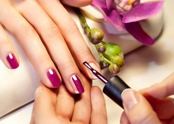 15167 manicure spa z malowaniem paznokci