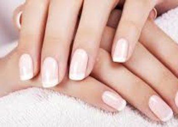 KLEOPATRA gabinet kosmetyczny - manicure hybrydowy +baza  wzmacniająca płytkę paznokcia