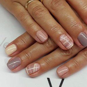 Vessna gabinet kosmetyczny Paulina Ostrowska - Manicure hybrydowy