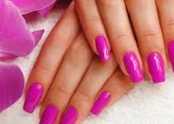 KLEOPATRA gabinet kosmetyczny - przedłużanie paznokci żelem na formie