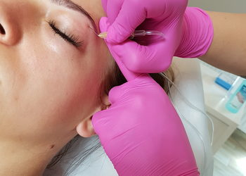 Healthy Beauty - karboksyterapia twarz