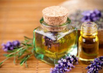 Kosmetikus Gabinet Podologiczno Kosmetyczny  - masaż aromaterapeutyczny