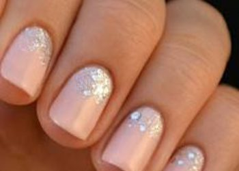 La Medica Day Spa - manicure hybrydowy + peeling