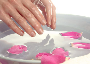 Beauty M Studio Urody - parafina do zabiegu pielęgnacyjnego na dłonie