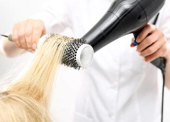 Salon Fryzjerski CLAIR DE LUNE - modelowanie - włosy średnie