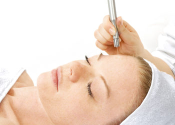 Velvet Skin Clinic - facelab - water peel - peeling wodny i infuzja składników aktywnych