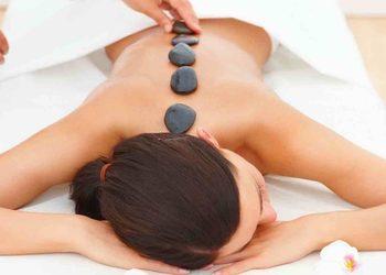 KLUB PIĘKNA Gabinet Kosmetyczny  - masaż gorącymi kamieniami