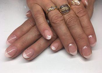 Studio Urody Profesja - manicure  hybrydowy french