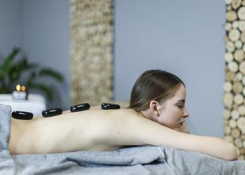 FIVE SENSES float spa - masaż gorącymi kamieniami 60