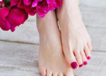 QUISKIN Beauty Clinic - pedicure klasyczny z malowaniem lakierem o.p.i.