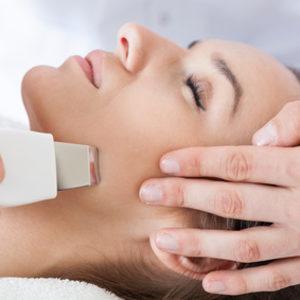 Kosmetologia ESTETI-MED - Peeling kawitacyjny z ultradźwiękowym nawilżaniem oraz maską
