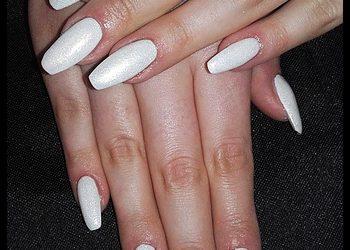 Hair and Beauty ETHERIA - paznokcie żelowe bez przedłużania z hybrydą bez zdobień