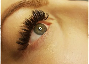 Hair and Beauty ETHERIA - przedłużanie rzęs metodą objętościową - nowe włosie norki