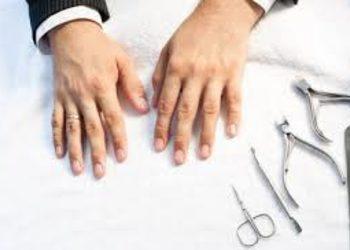 Wyspa Piękna - manicure męski