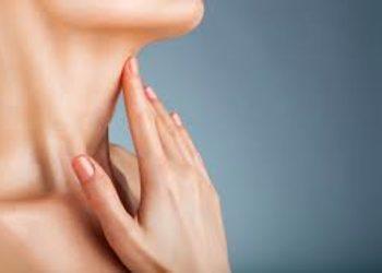 Kosmetikus Gabinet Podologiczno Kosmetyczny  - mezoterapia igłowa szyi lub dekoltu - kwas hialuronowy
