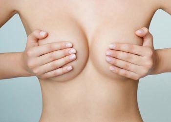Zakątek Piękna - mezoterapia mikroigłowa biustu