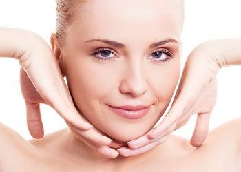 Studio Kosmetyczne URODOMANIA - karboksyterapia - ujędrnienie skóry szyi, redukcja podwójnego podbródka