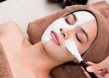 Studio Kosmetyczne URODOMANIA - inteligentny zabieg dotleniająco-nawilżający hydrofpheric detox