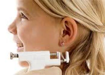 Źródło Piękna - przekłucie uszu