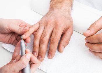 Studio Kosmetyczne URODOMANIA - manicure biologiczny