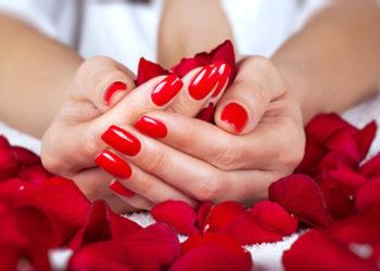QUISKIN Beauty Clinic - przedłużenie paznokci żelem na formie + malowanie lakierem hybrydowym