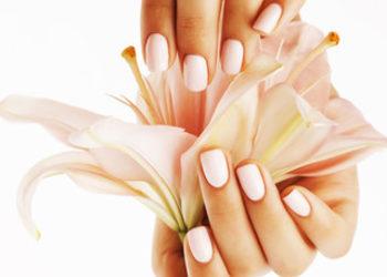 QUISKIN Beauty Clinic - stylizacja żelem naturalnych paznokci + malowanie lakierem hybrydowym