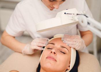 Bloom - Kosmetologia Estetyczna - oczyszczanie manualne