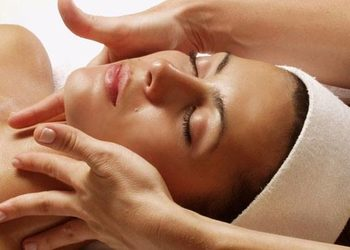 Kosmetikus Gabinet Podologiczno Kosmetyczny  - masaż twarzy