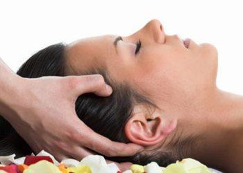 Instytut Urody POR FAVOR - masaż głowy