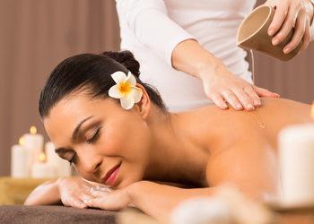 Instytut Urody POR FAVOR - masaż częściowy relaksacyjny na ciepłym maśle shea