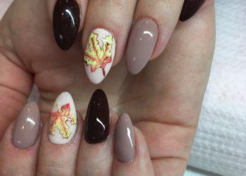 Evolution Piękno i Styl - studio kosmetologii estetycznej / fryzjerstwo - przedłużenie paznokci formą żelowa + hybryda