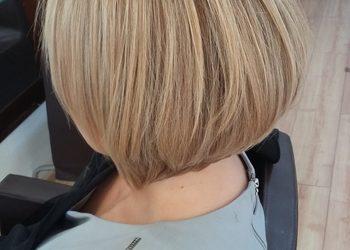 Studio Milion - koloryzacja włosy średnie (jeden kolor, max.dł.do lini brody )  + strzyżenie z modelowaniem