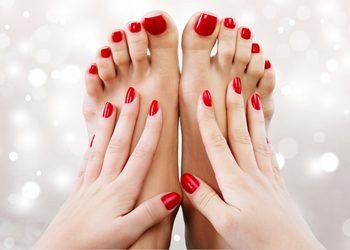KLUB PIĘKNA Gabinet Kosmetyczny  - manicure + pedicure lakier