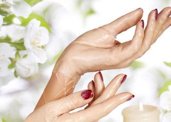 The Pedicure Spa - manicure z parafiną - wiosenne przebudzenie