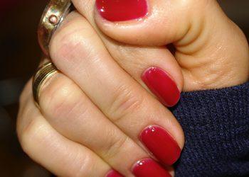 """Salon Kosmetyczny """"EVITA"""" - manicure + malowanie paznokci"""