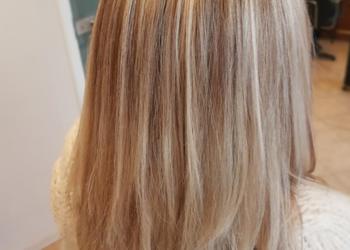 Fiore salon fryzjersko-kosmetyczny  - pasemka