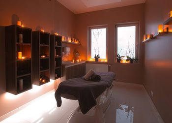 AnnEstetic - masaż ciepłymi olejami
