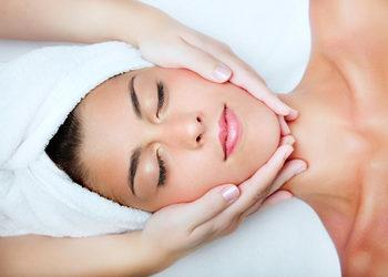 AnnEstetic - masaż twarzy + szyji + dekoltu + ampułka