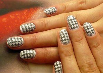 Belleza Salon Kosmetyczny - manicure hybrydowy ze stemplem