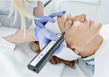 loveSKIN clinic - plasma  - blefaroplastyka powiek dolnych