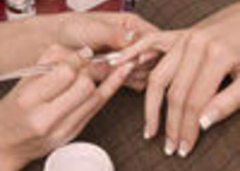 Salon Beautiful You - manicure