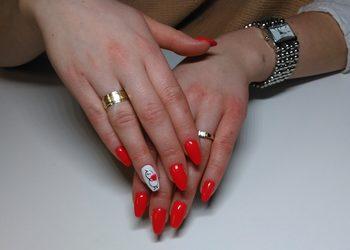 Indigo Nailsalon by Klaudia Rogóż - przedłużanie paznokci żelem na formie