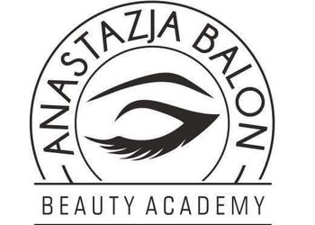 Anastazja Balon Beauty Academy - ściągnięcie stylizacji rzęs