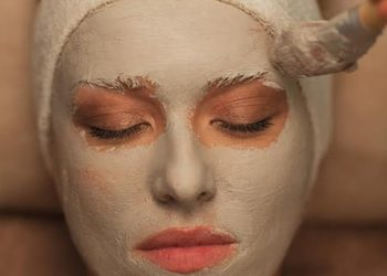 Kosmetikus Gabinet Podologiczno Kosmetyczny  - maska alga lub kremowa
