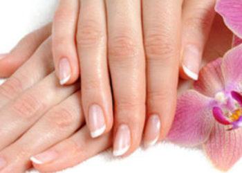 Yasumi Łomianki - manicure japoński