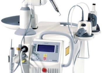 Renew Studio - laserowa likwidacja rozstępów na udach - 1 zabieg