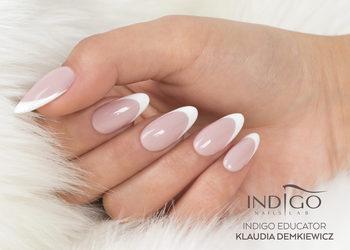 Glamour Instytut Urody - paznokcie żelowe - francuski(biała końcówka)